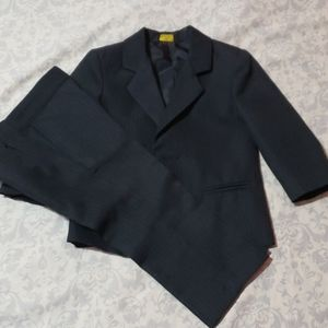Other - Suit for little boys size 2 T